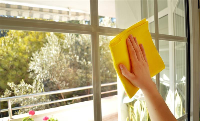 Dica para limpar vidros BH